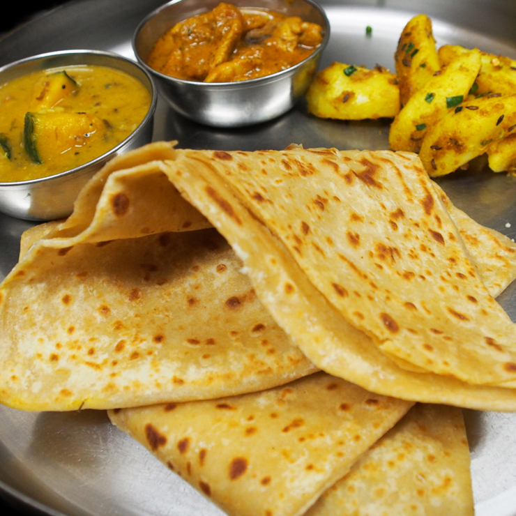 奈良王寺のインド料理 Mayur -マユール- チャパティセット
