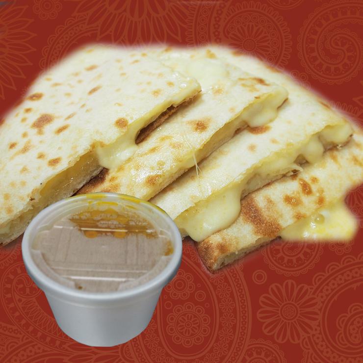 奈良王寺のインド料理 Mayur -マユール- チーズナンとカレー